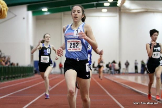 heather-holt-winning-1600m.jpg